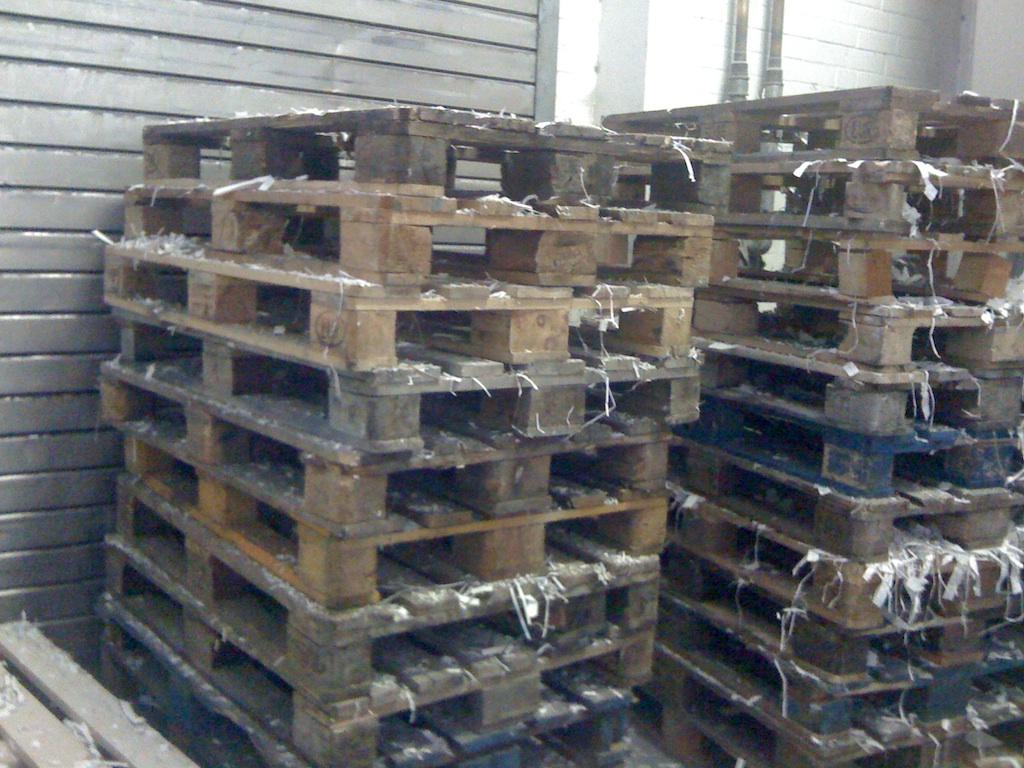Europaletten in einer Druckerei in Wittingen (im Januar 2014)